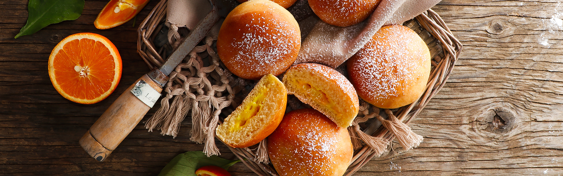 Baked Italian doughnuts