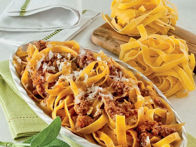 First dishes: Tagliatelle with Ragù