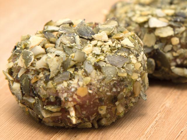 Pratos principais: Rolinhos de carne com sementes de abóbora