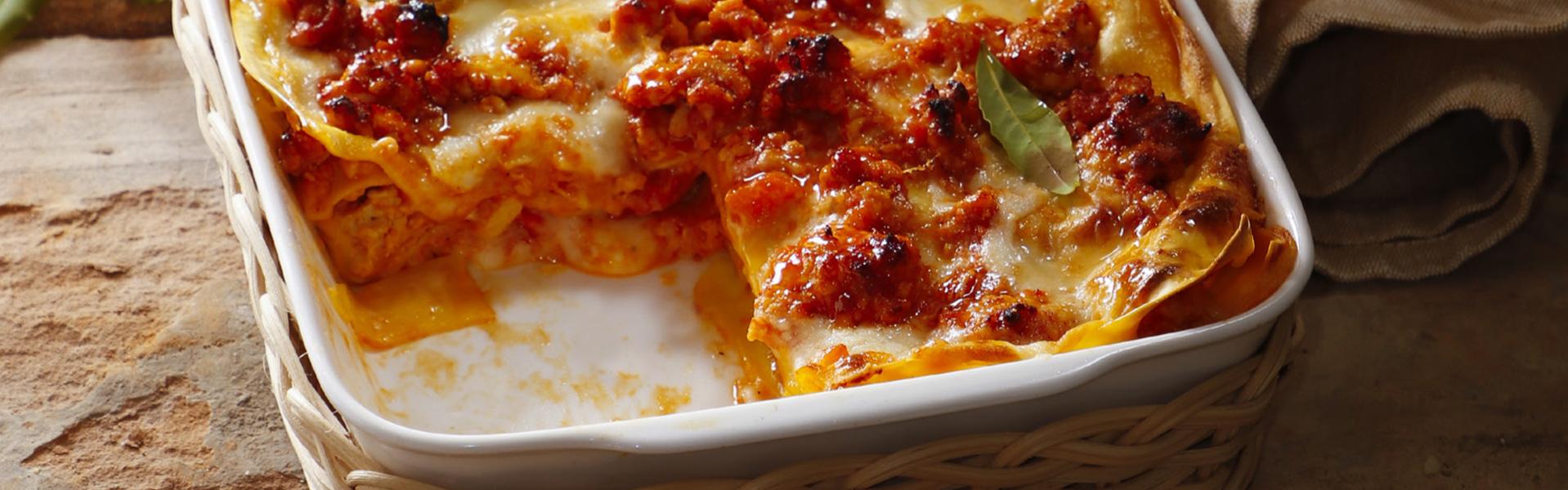Lasagne rosse al ragù di pollo