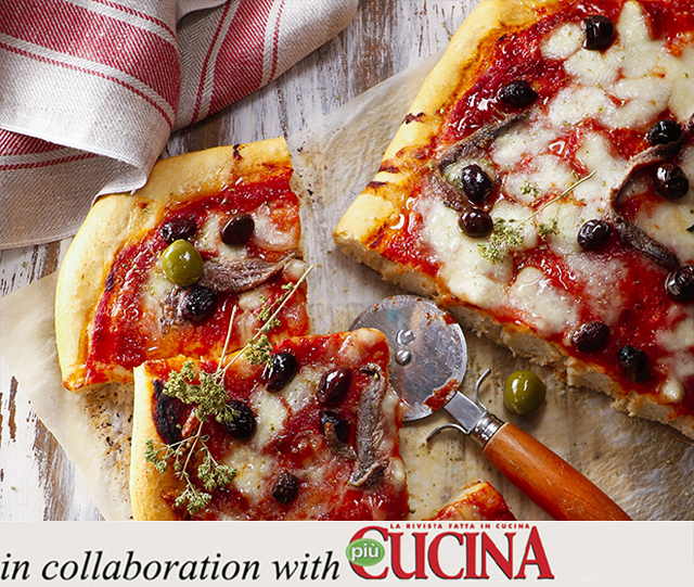Specialista by Glem : Anchovy, olive and oregano pizza