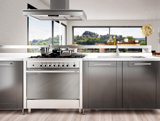 Matrix cookers: stylish steel