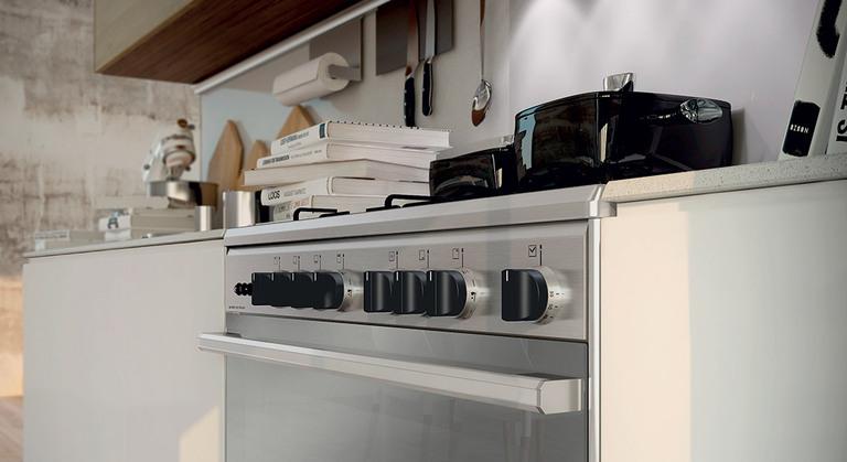 Cucine - Armonia di forme e design essenziale